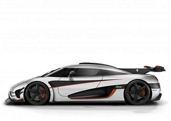 Koenigsegg_One1_Side_03